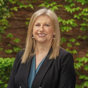 Sue Bedggood - Rosanna Concierge