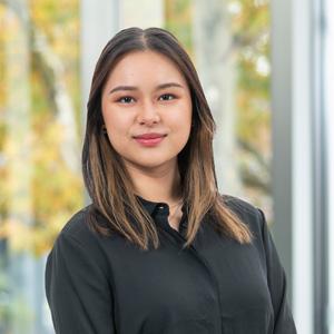 Isabel Ho